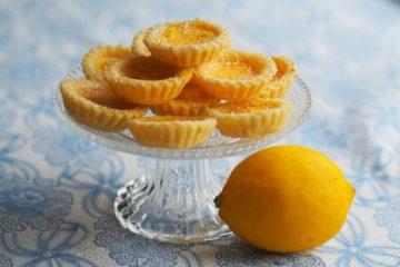 crostata al limone con pasta frolla al vino bianco